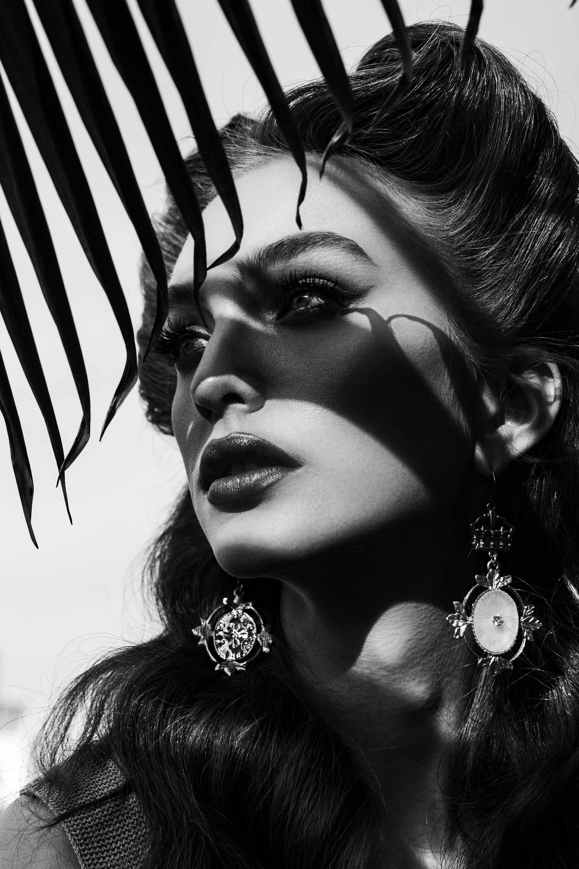 Model Crystal Van Commenee National A-List Magazine Editorial Los Angeles California Rockabilly black and whiteJewelry