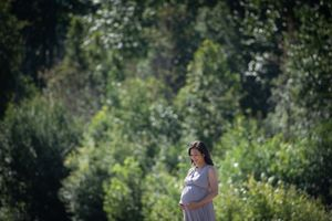 Whistler Maternity Photography Nicklaus North Summer