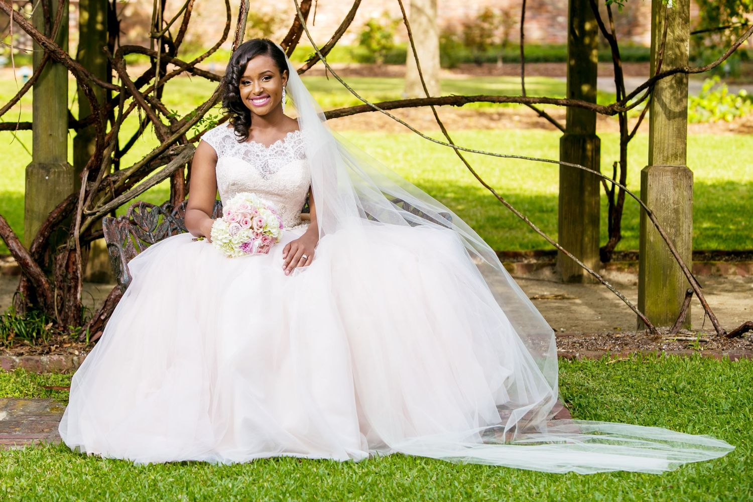 Lace House SC Governor's Mansion bridal portrait by Columbia, SC, Wedding Photographer Jeff Blake