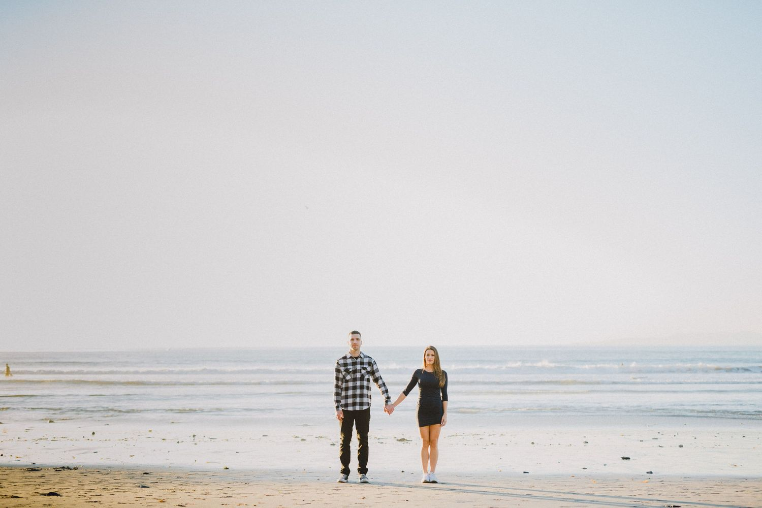 engagement photo in front of pacific ocean palos verdes