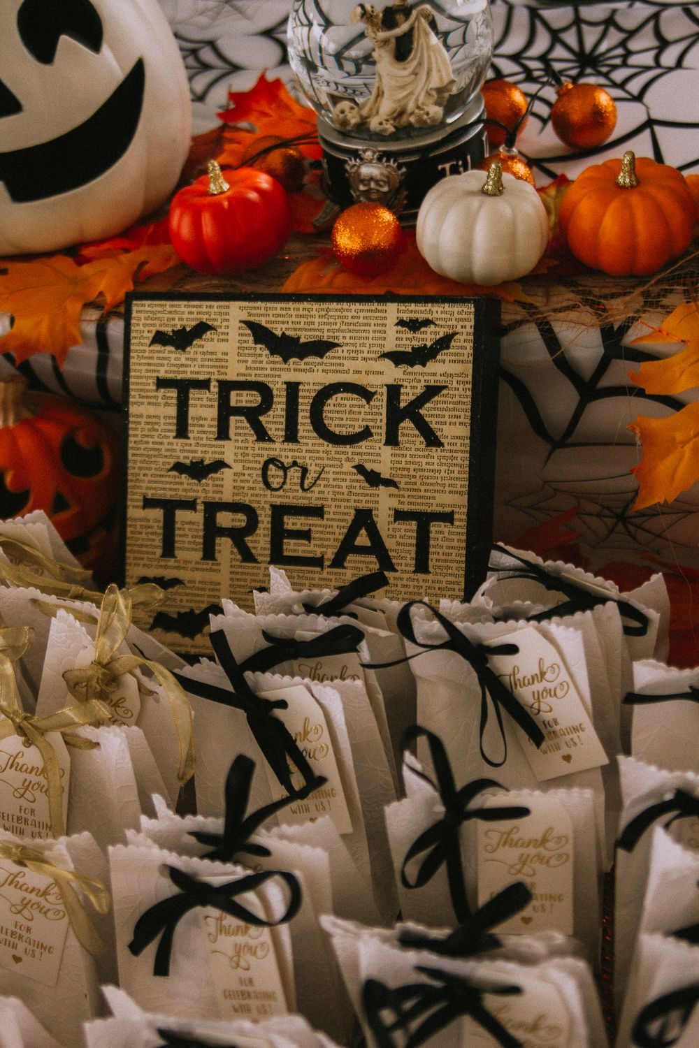 trick or treat wedding gift bags