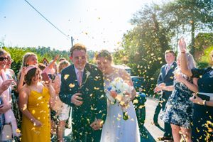 confetti shoot outside church in Hertfordshire, Robert Nelson Wedding Photography