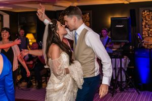 bride and groom dancing the night away, Robert Nelson Wedding Photography