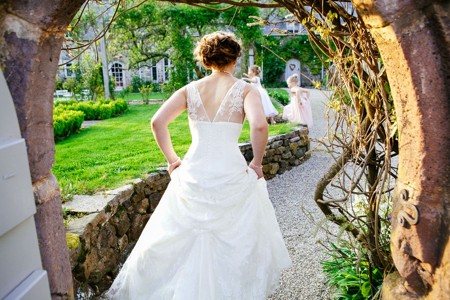 creative and natural wedding photography at the Great Barn near Exeter Devon