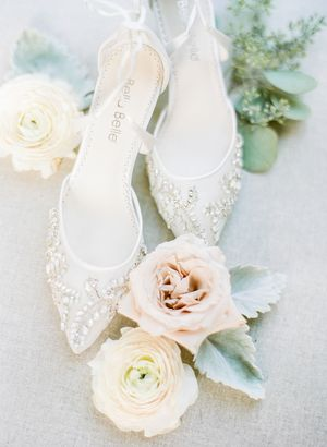 Bella Belle shoes and roses at Kennolyn wedding
