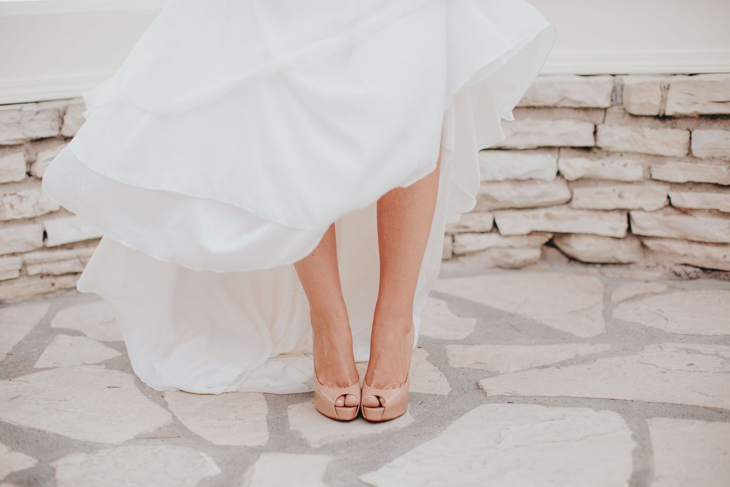 brides shoes at la venta inn