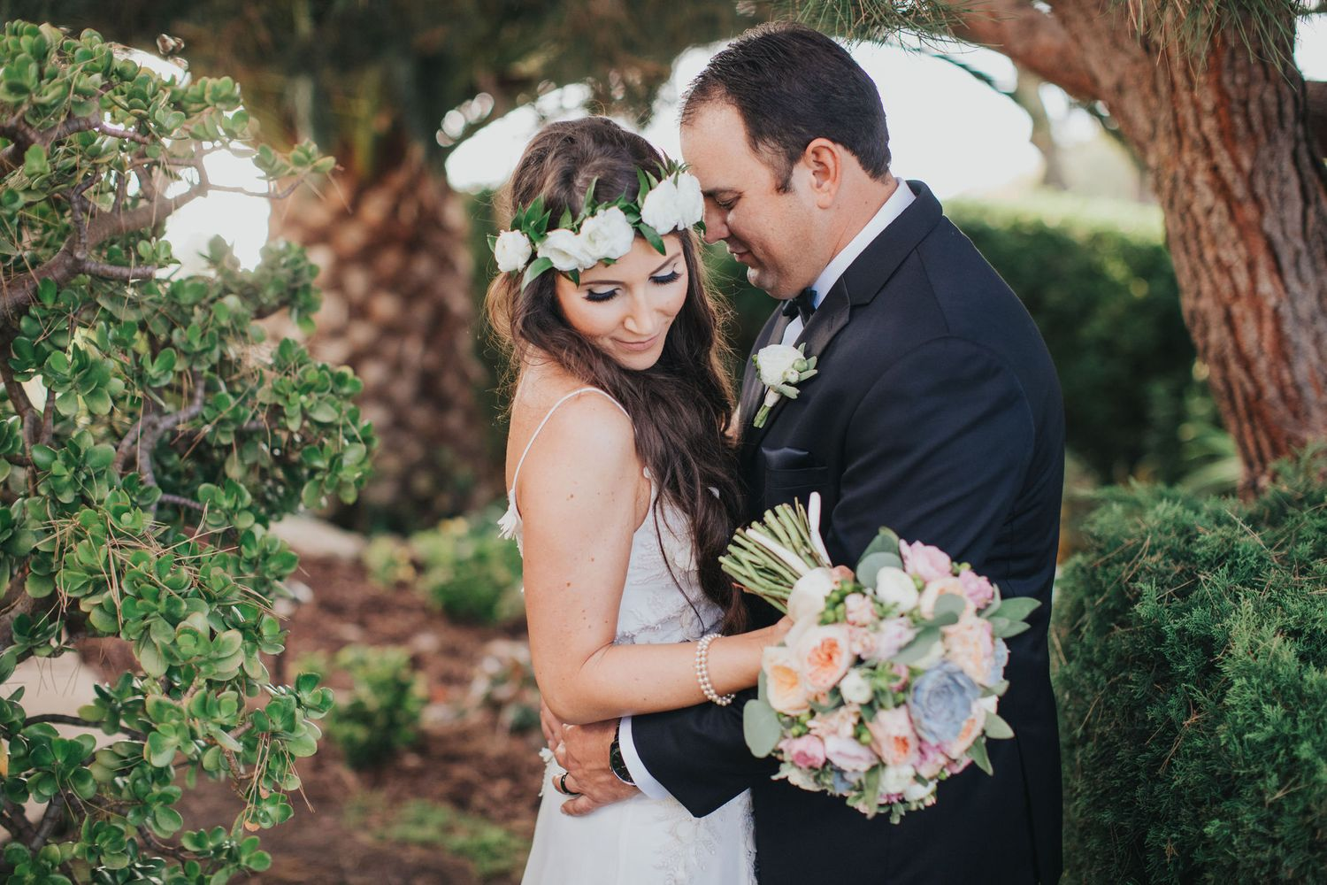 bride & groom portrait at la venta inn