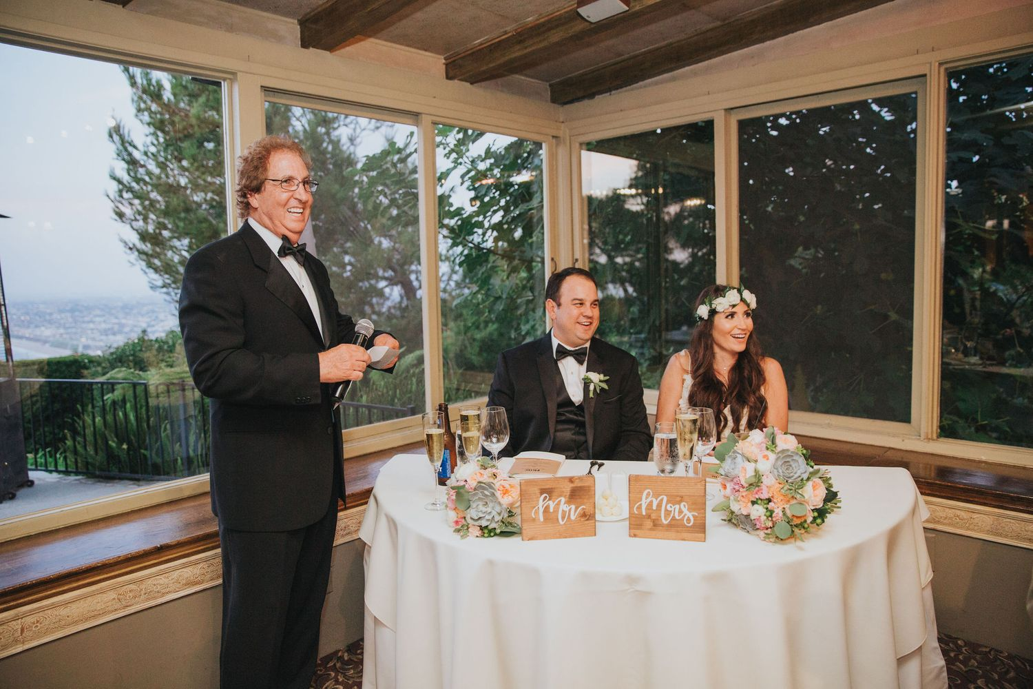 wedding toasts at la venta inn