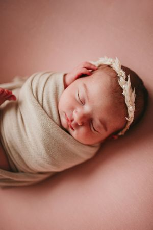 Newborn wrapped | Newborn Photography