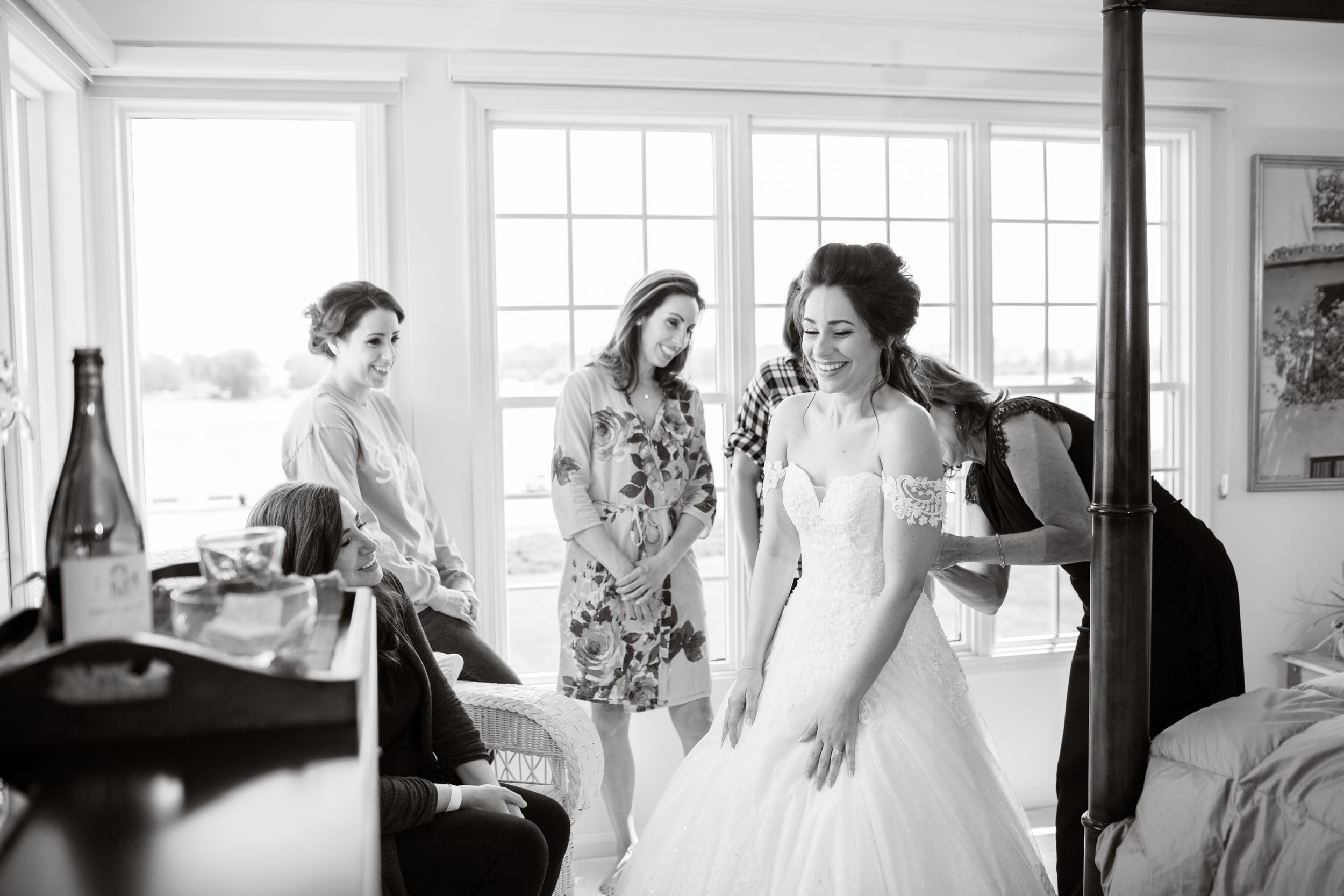 bride preparations bridesmaids michigan wedding photographer