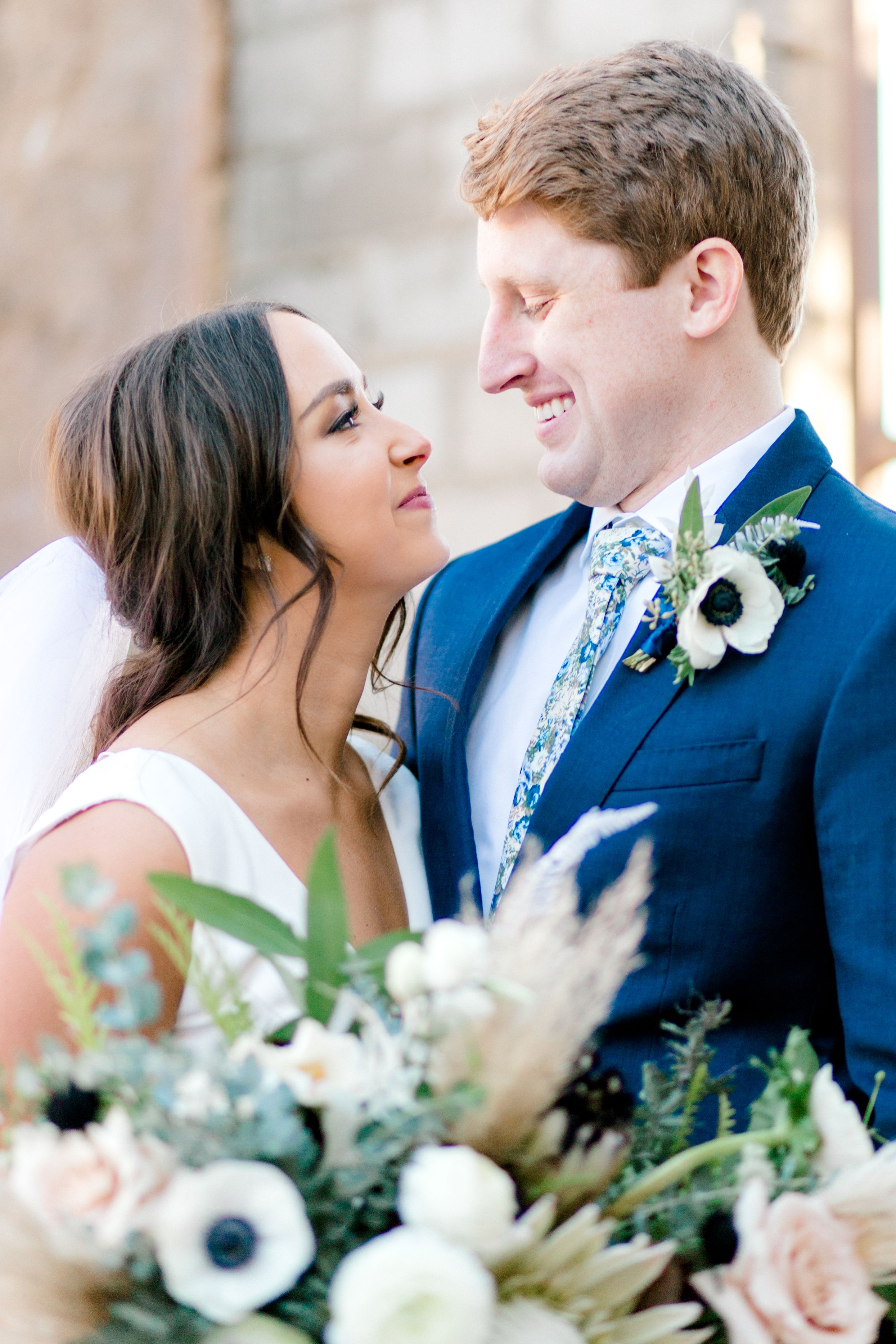 Elizabeth Couch Photography | Dallas Fort Worth Wedding Photographer | The Post at River East | Fort Worth wedding |