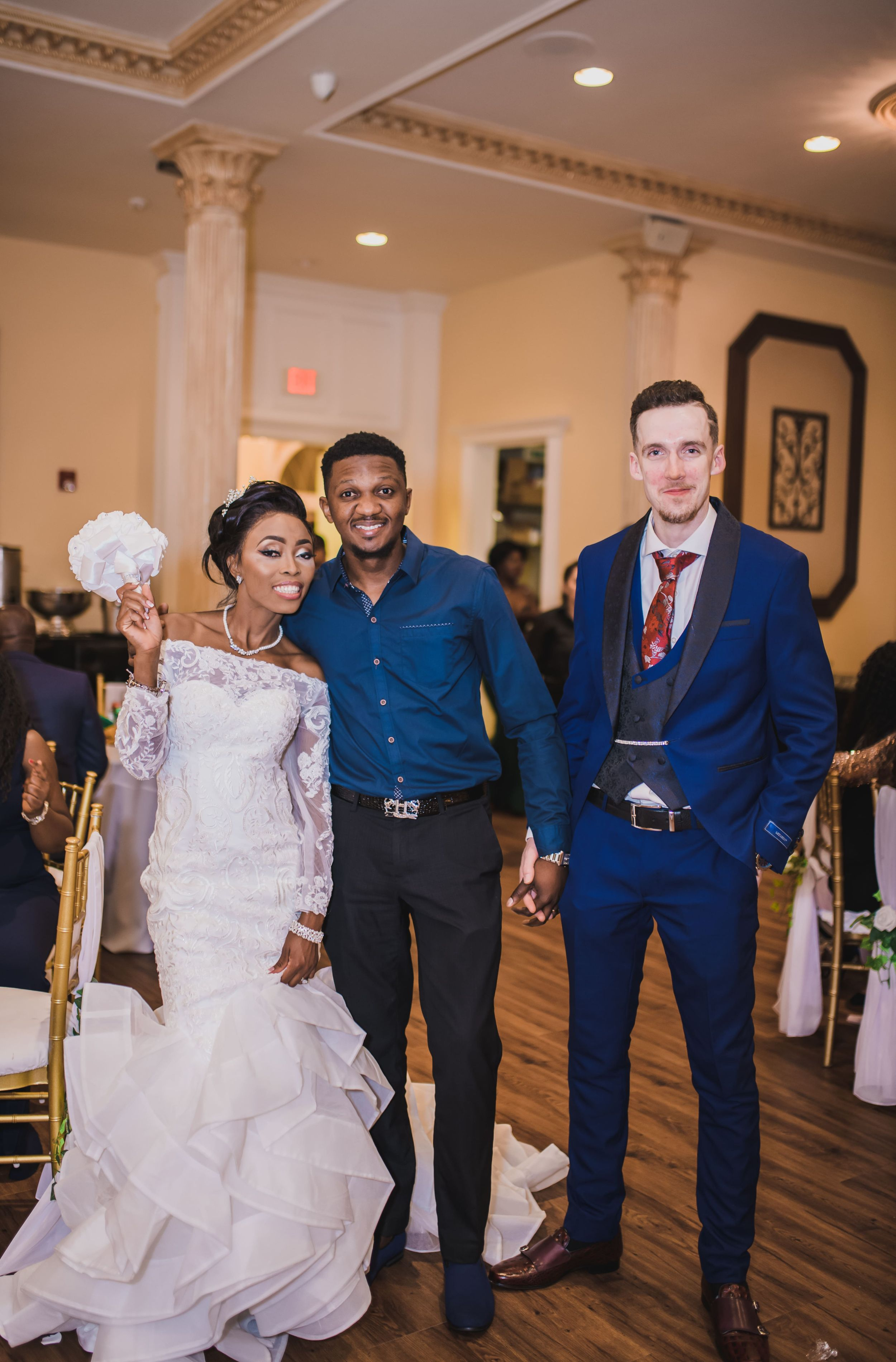dallas Wedding photographer with bride and groom photo