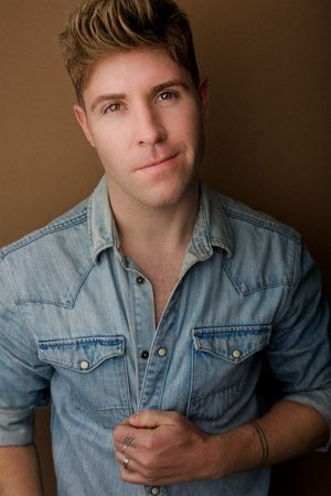 headshots nyc of wicked broadway actor jesse jp johnson