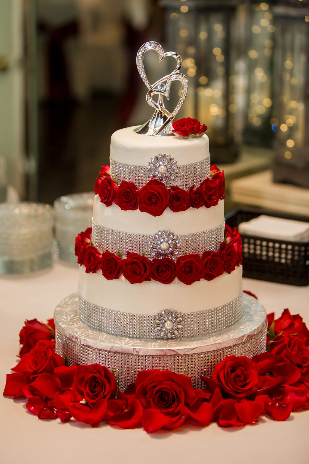 Wedding cake at Winter Green Woods in Lexington, SC